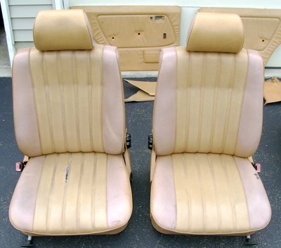 W123 Palomino Bucket Seats