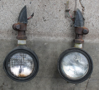 Unimog CASE Plow Lights